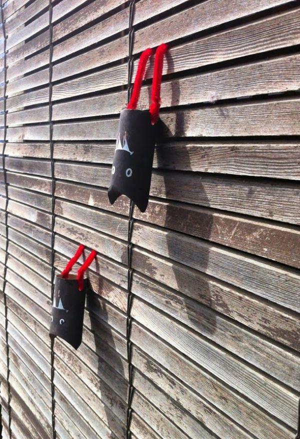 Murcielago con rollo de papel higienico para halloween