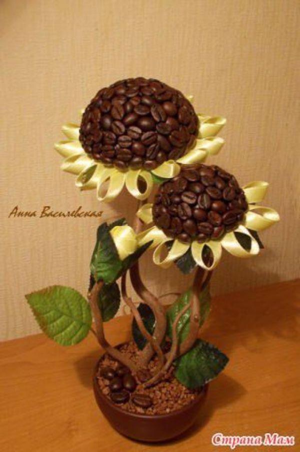 manualidades con semillas y granos de cafe