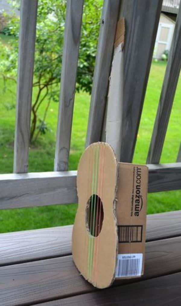 guitarras hechas de carton paso a paso