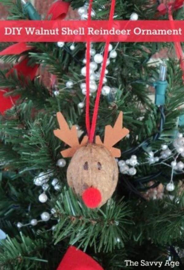 Manualidades con cascaras de nueces para el arbol de navidad