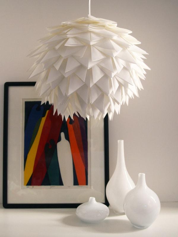 lámparas hechas de papel