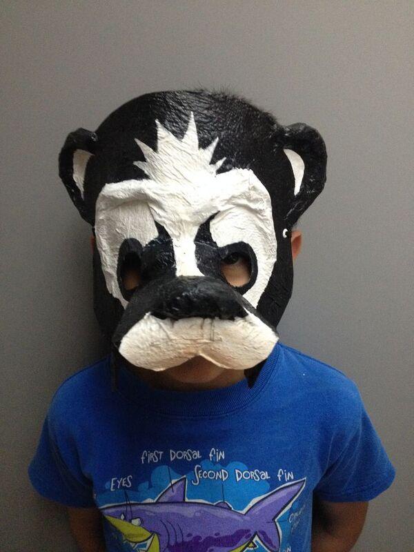 mascaras hechas con globos